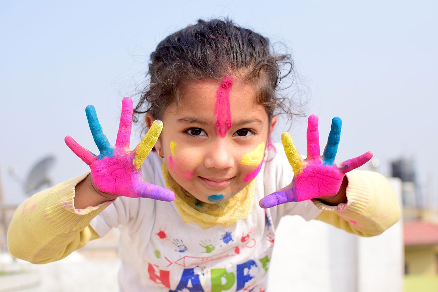 Tagesmutti Pädagogik, Kreativität, Bunte Finger